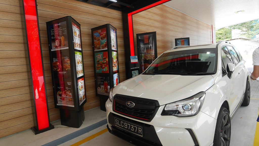 Gas Station With Drive Thru Car Wash >> Shell station reopens at Tampines Ave 2 with 24-h McDonald's Drive-Thru - Alvinology