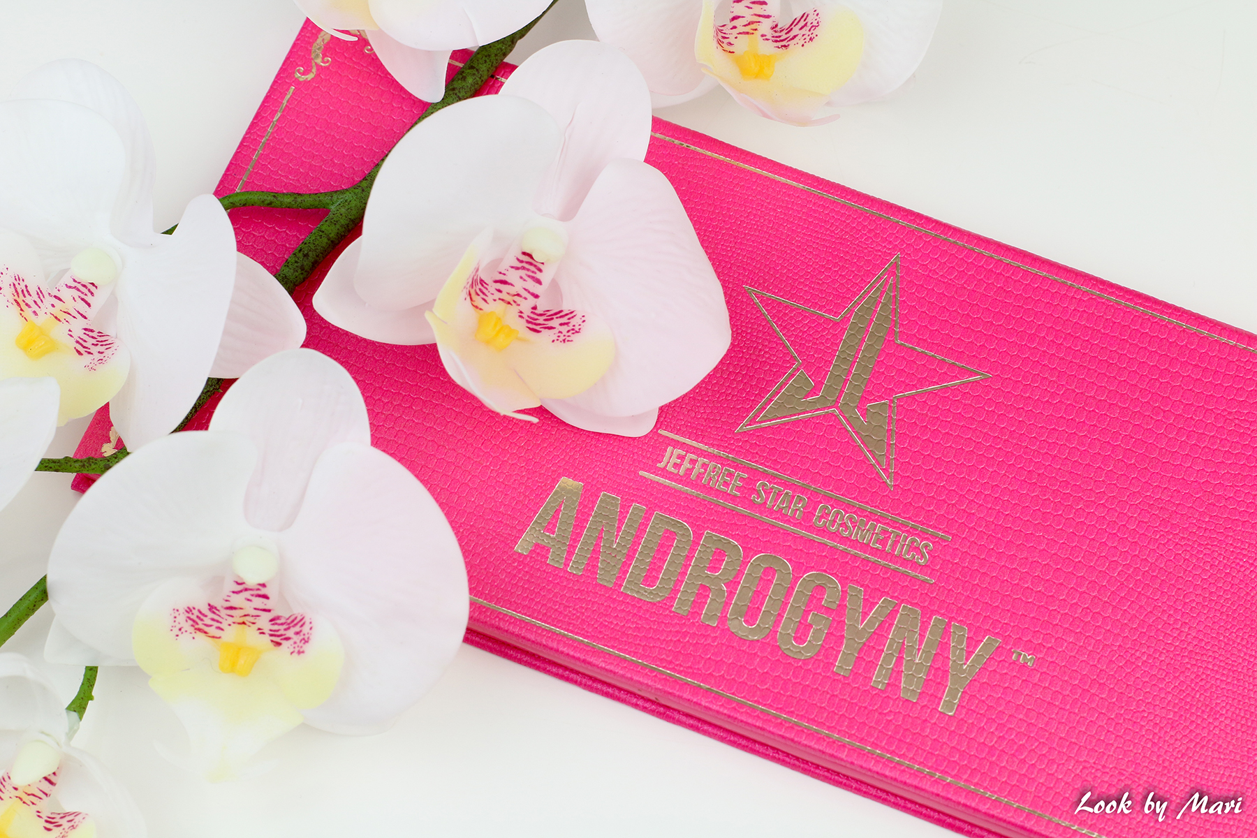 14 jeffree star androgyny eyeshadow palette colors review swatches