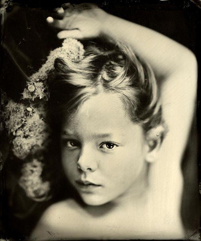 wet-plate-collodion-portraits-nebula-jacqueline-roberts-593113ed14c3b__700
