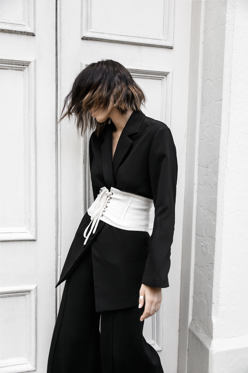 corset belt trend black suit street style loafer mules Givenchy logo tote bag monochrome fashion blogger minimal style kaity modern legacy (8 of 9)