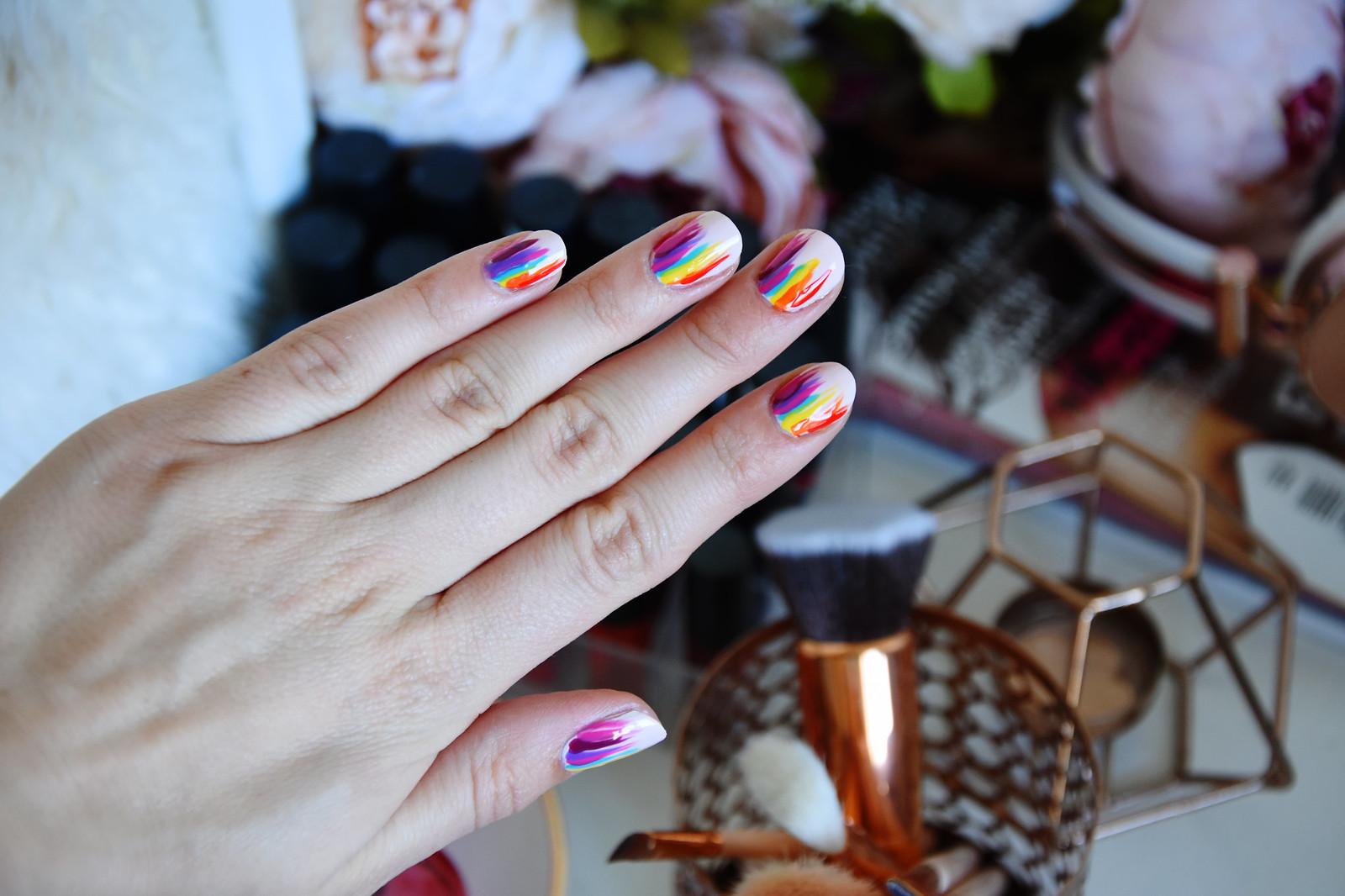 Colourful manicure ideaa