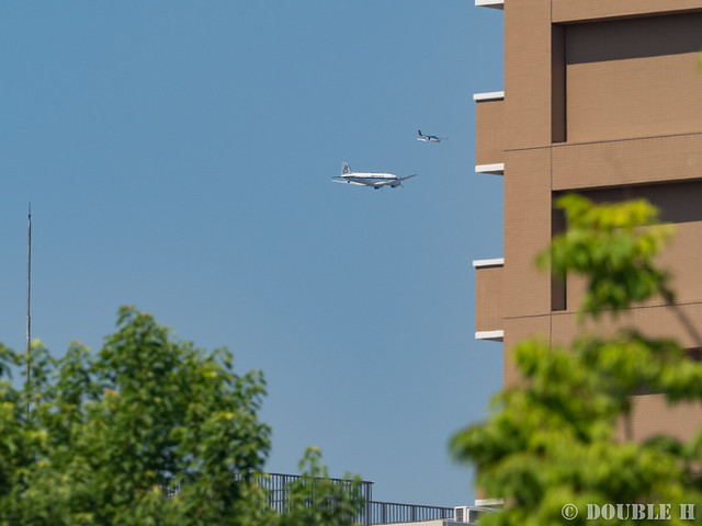 BREITLING DC-3 over Osaka City (17)
