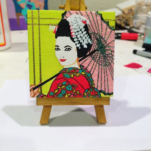 The little geisha painting is finally done! Now I just need a sunny day to photograph it properly for Etsy. ✨