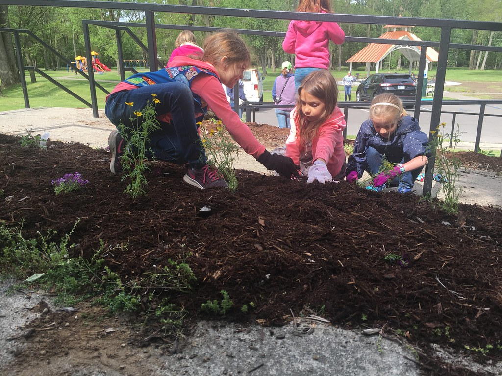 Meridian Townships Beautify Parks for Upcoming Summer
