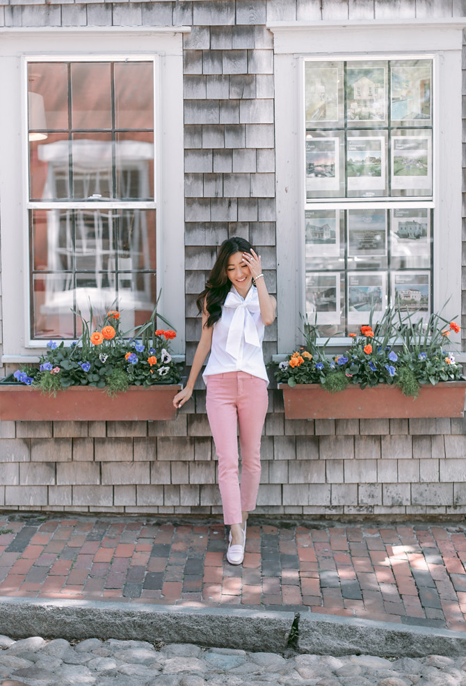 cape cod summer fashion preppy pink pants outfit