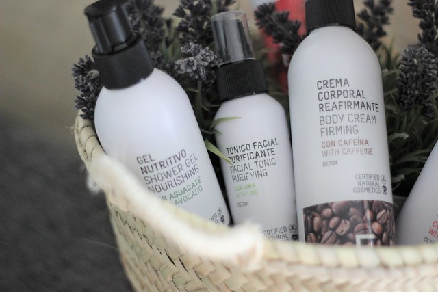Freshly Cosmetics_ Rojo Valentino Blog (8)