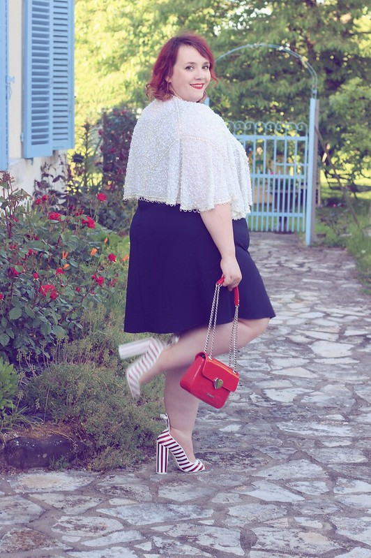 Navy chic - Big or not to big (4)