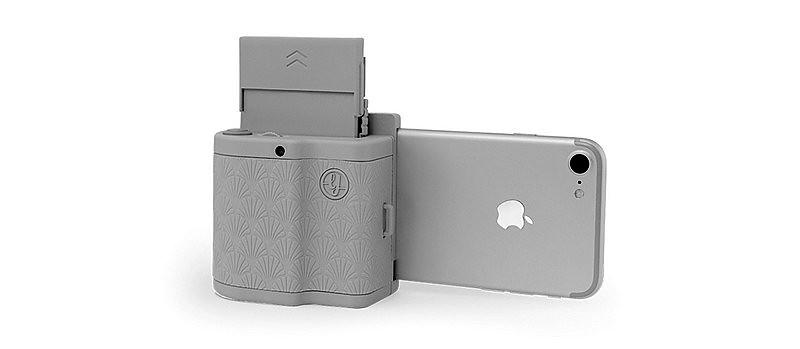 Le Prynt Pocket vous permet d'imprimer vos photos directement depuis votre iPhone