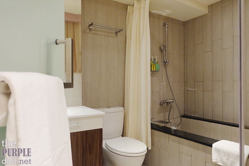 VIA Hotel Ximending En suite bath