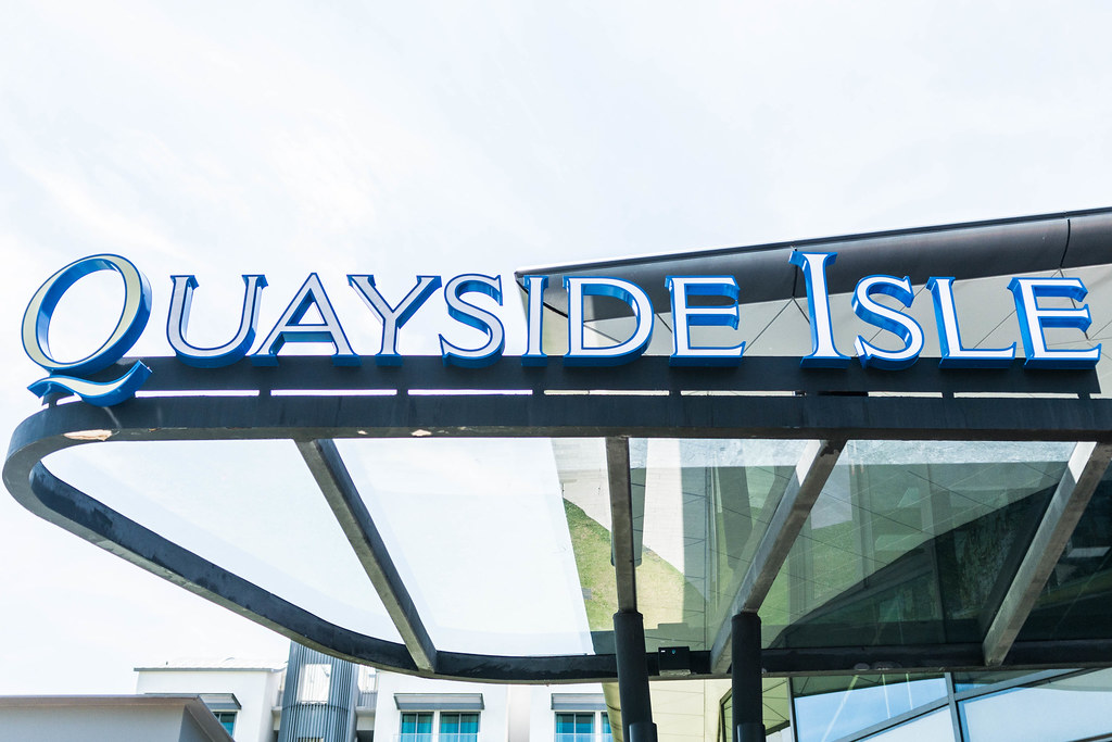 Quayside_isle_sign