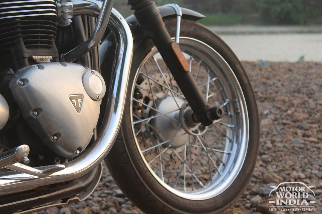 Triumph-Bonneville-T100 (51)