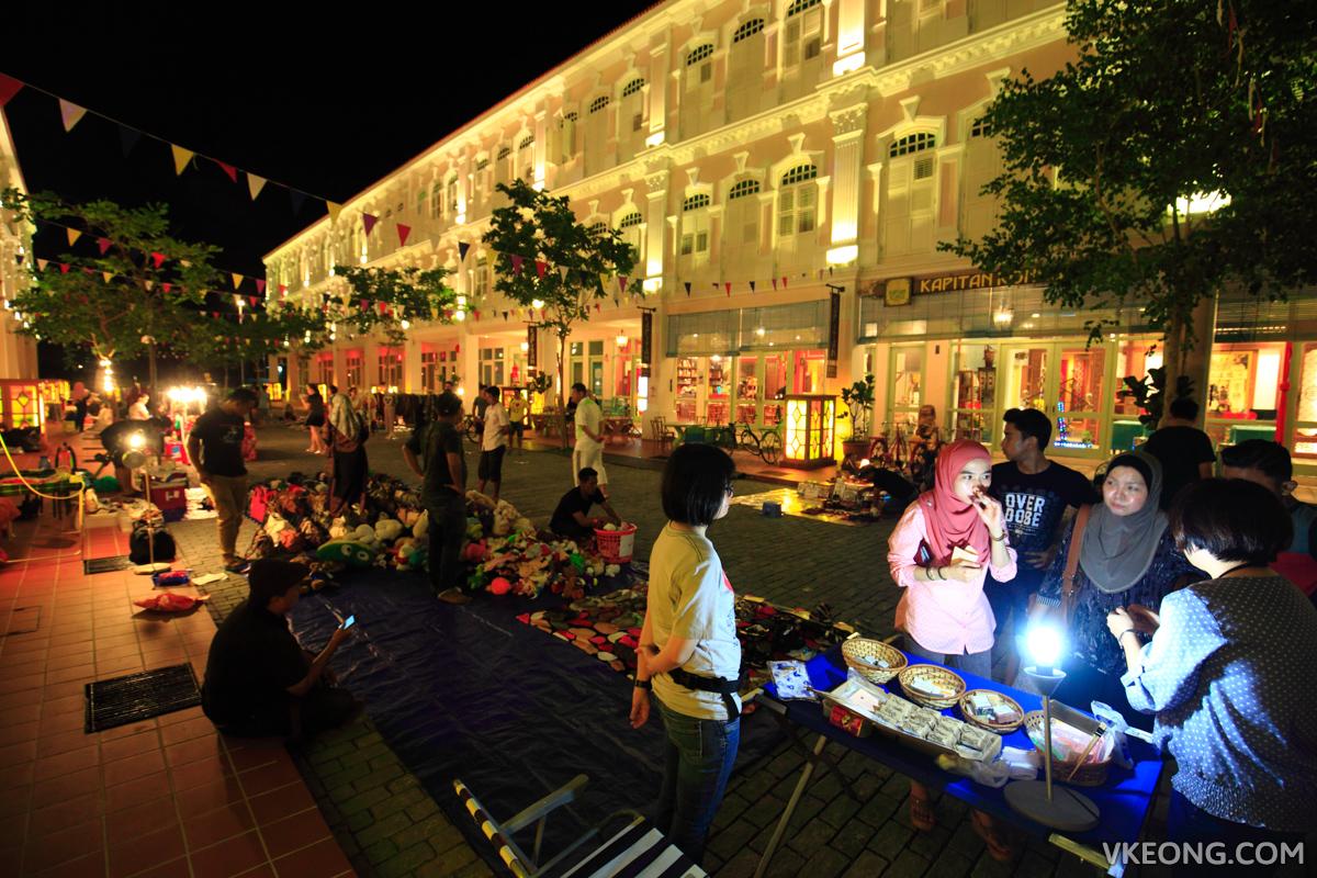 Kapitan Kongsi Hotel Melaka Flea Market Traders