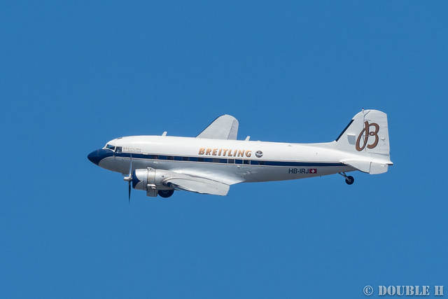 BREITLING DC-3 over Osaka City (16)