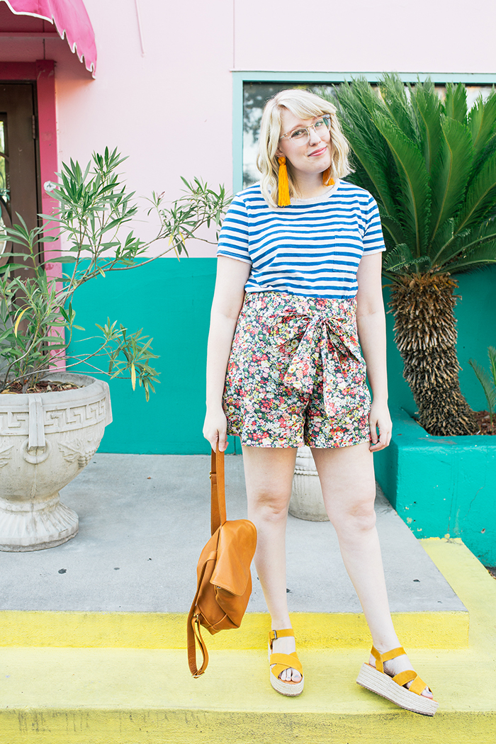 austin style blogger writes like a girl jcrew liberty floral shorts5