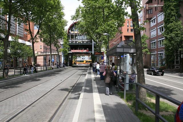 Wegbeschreibung von Kronenplatz (Fritz-Erler-Straße)