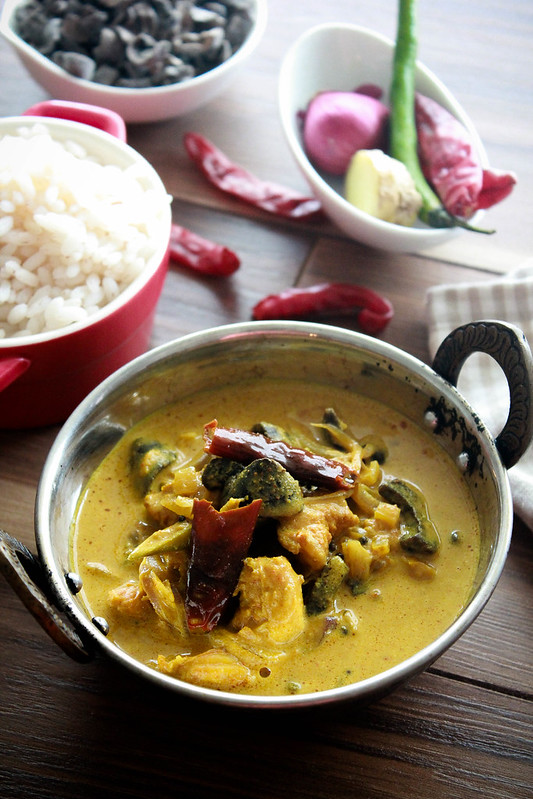 CHEMMEEN - MANGATHOLI  PAAL CURRY