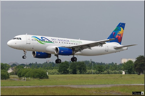 LY-SPA, Small Planet Airlines, Airbus A320-232