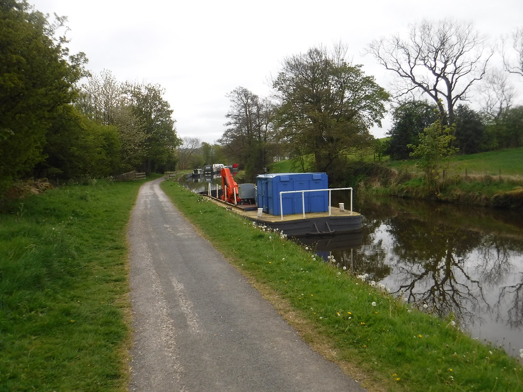 Leeds-Liverpool Canal 1