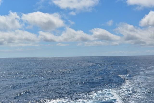橘丸から眺める海