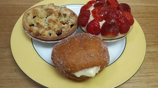 Berry Crumble, Strawberry Flan, Mini Custard Doughnut from Flour Of Life