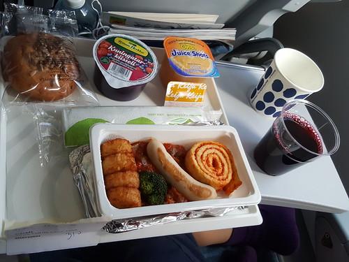 Finnair: Helsinki, Finland > Osaka, Japan