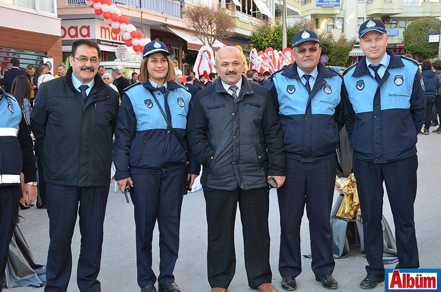 Alanya Belediyesi Zabıta Müdürü Hasan Akın ve Zabıta amirleri