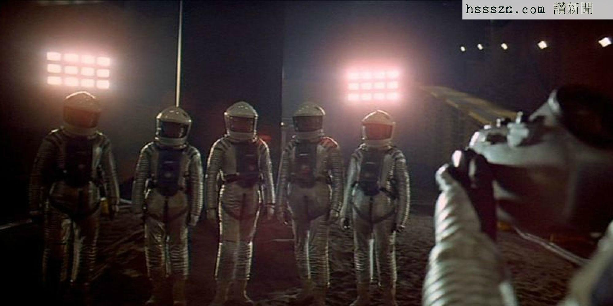 o-2001-SPACE-ODYSSEY-facebook