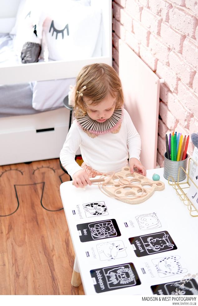 Big reveal: Swan inspired toddler bedroom