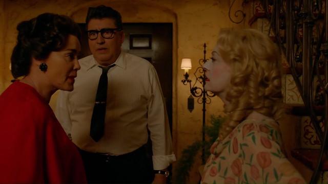 FEUD Bette and Joan -1x02- La Otra Mujer -11