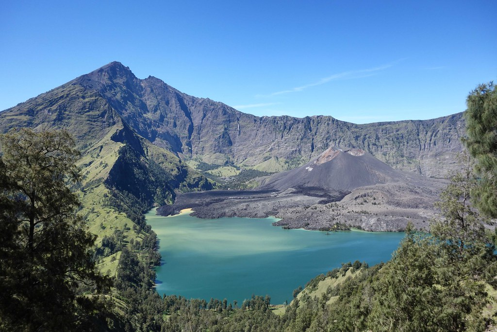 Rinjani - Jour 3 - Crater View 1