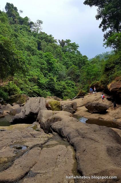halfwhiteboy - hulugan falls, luisiana, laguna 13