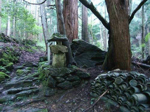 大岩神社(毛原)