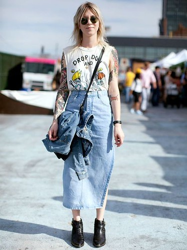 saia midi jeans 7