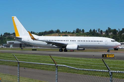 Boeing 737-82R(WL) TAROM YR-BGK LN6417