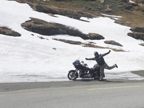 Tristan à moto au col du Mont Cenis