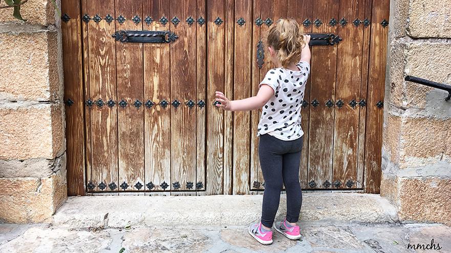 puerta con solera