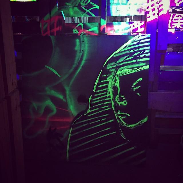 Luminous portrait in the dark.