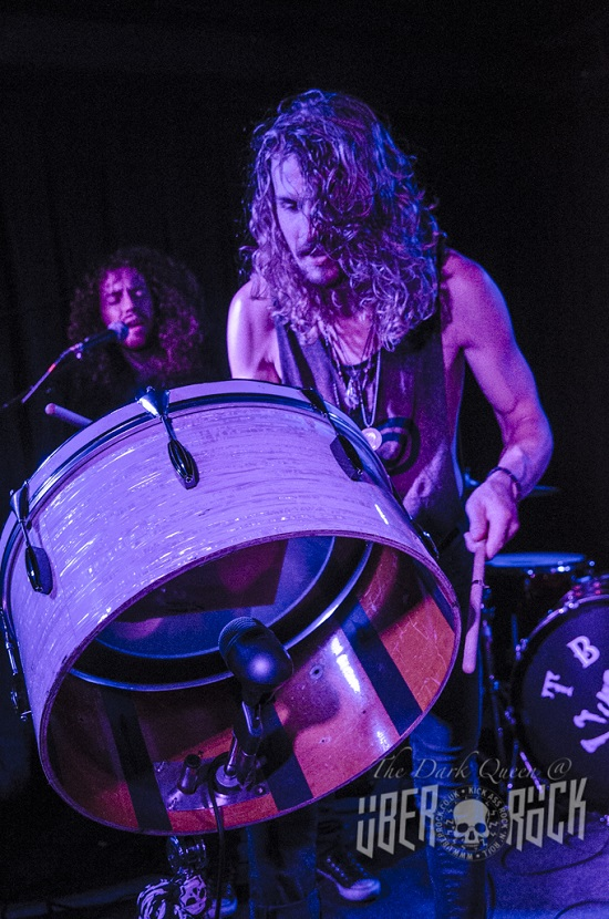 Tyler Bryant And The Shakedown 4