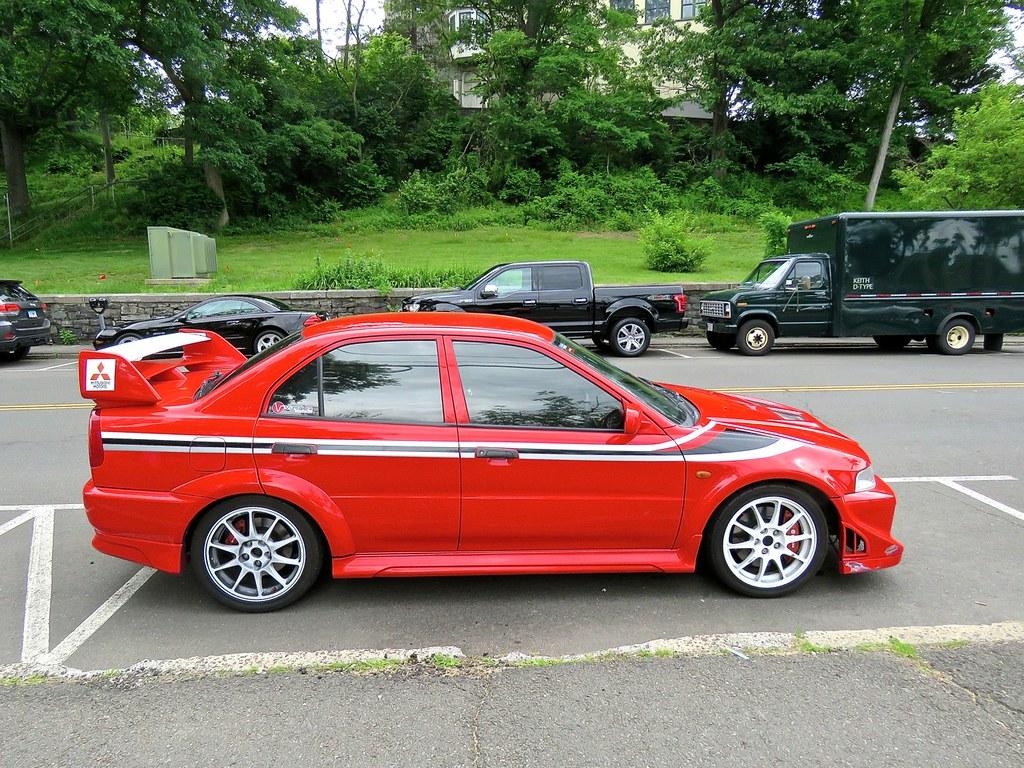Mitsubishi Lancer Evolution XI 1