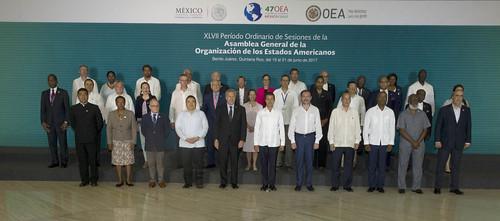 Fotografía oficial de la 47ª Asamblea General de la OEA