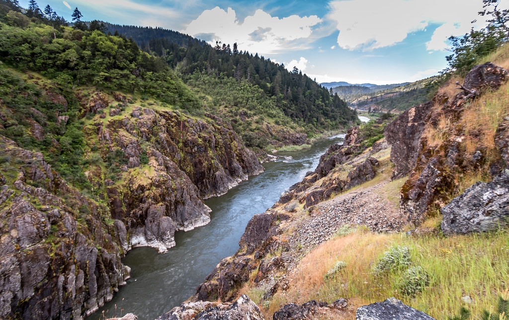Hellgate Canyon Viewpoint On The Rogue River View From