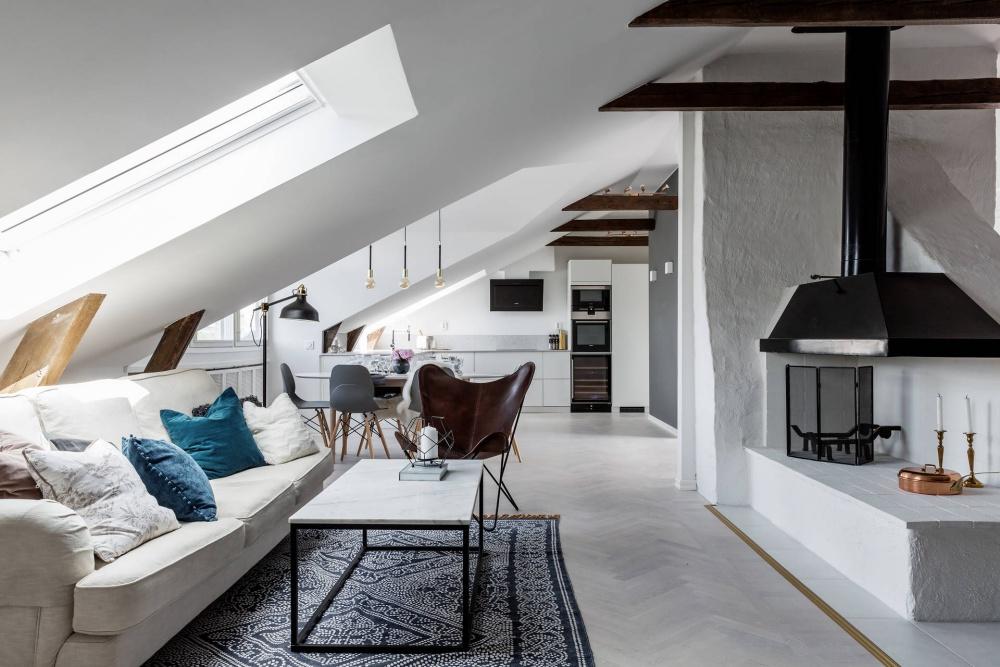 Gorgeous Attic Apartment In Stockholm