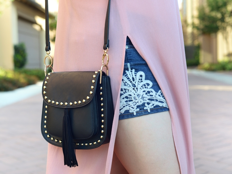 Curvy Girl Chic Haute Fox Plus Size Festival Coachella Outfit Tassel Crossbody Bag