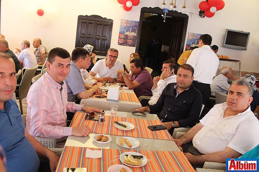 Manar'a kalabalık açılış 7