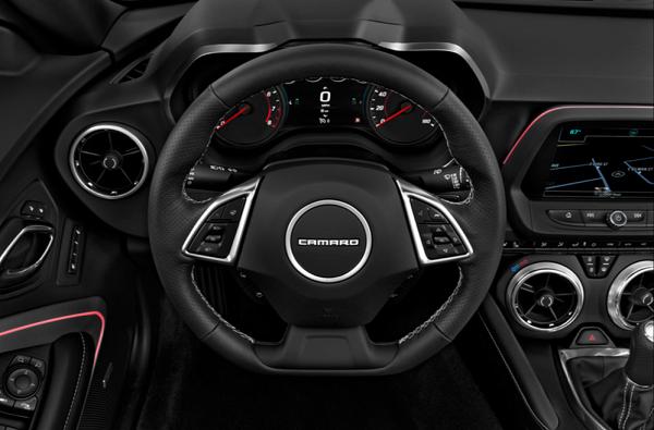 2017 Chevrolet Camaro Convertible ハンドル、メーター