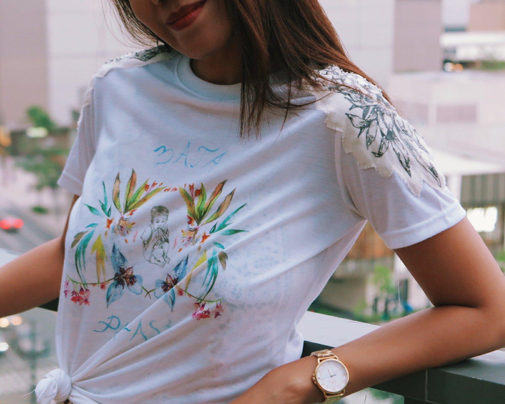 hope in a shirt Artwork by Solenn Heusaff