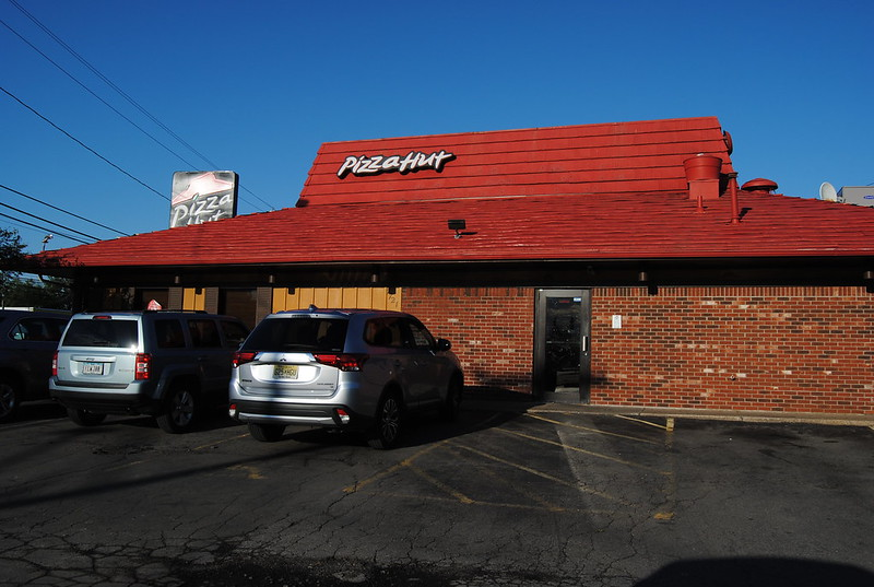 Pizza Hut, Niagara Falls, New York
