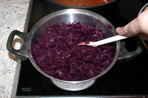 70 - Rotkraut erhitzen / Heat up red cabbage