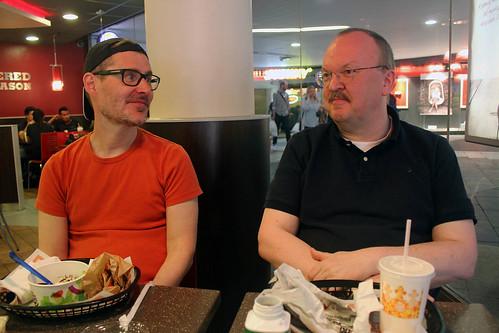Olof & Johan på Burger King, Sergels torg.