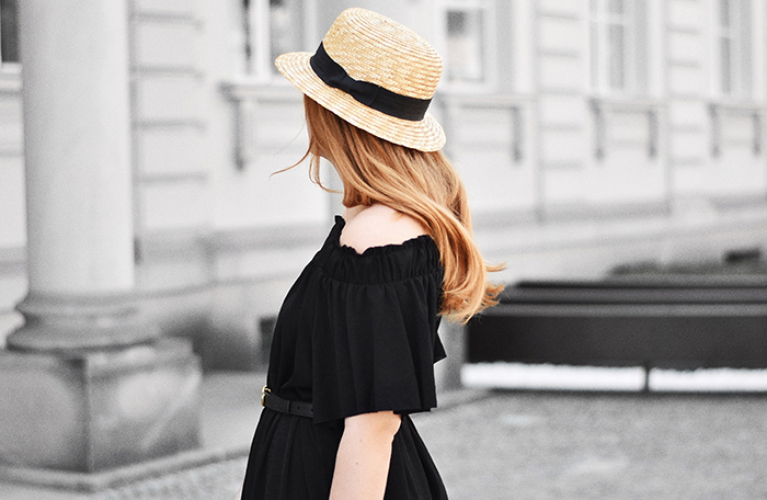 Strohhut-Off-Shoulder-Kleid